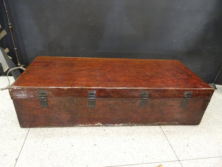 Late 19th Century Red Lacquer Chinese Storage Chest For Sale 11