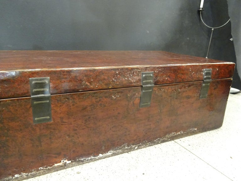 Late 19th Century Red Lacquer Chinese Storage Chest For Sale 12