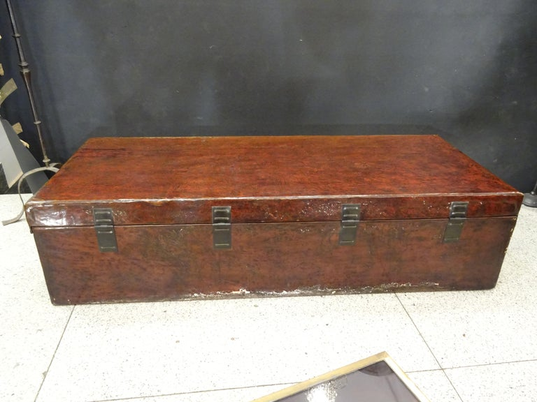 Late 19th Century Red Lacquer Chinese Storage Chest For Sale 15