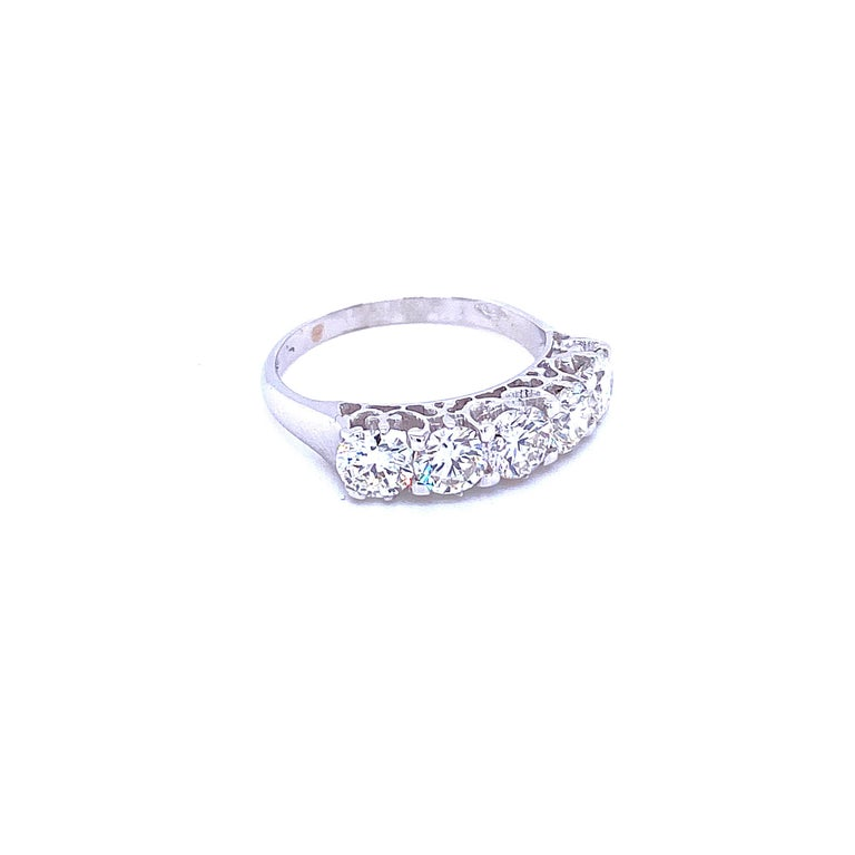 Round Cut 1.90 Carat Diamond Five-Stone Gold Ring For Sale