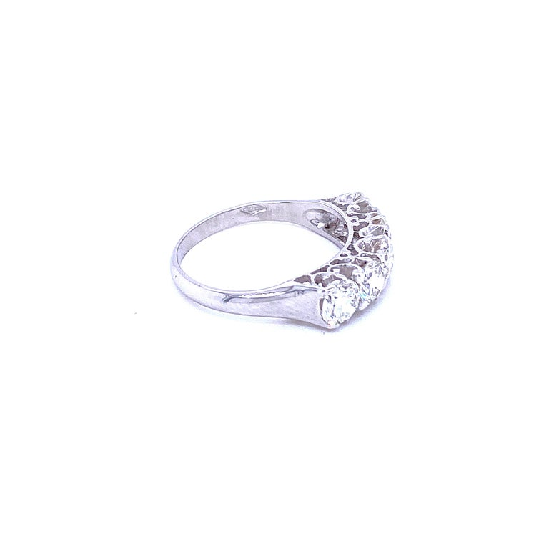 Women's or Men's 1.90 Carat Diamond Five-Stone Gold Ring For Sale