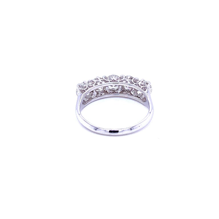 1.90 Carat Diamond Five-Stone Gold Ring For Sale 2