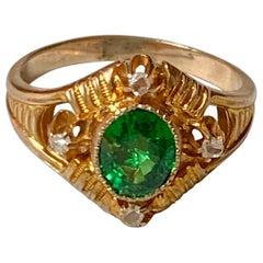 1900-1920 Faceted Green Garnet and Rose Cut Diamond 14 Karat Yellow Gold Ring