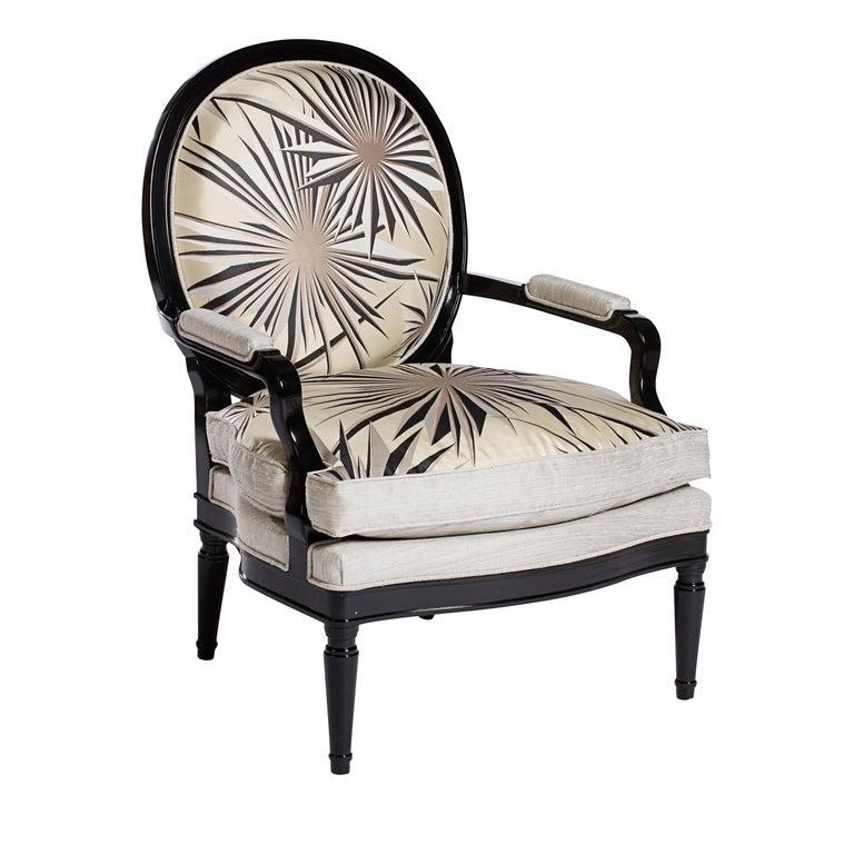 1900 armchair in wood.
