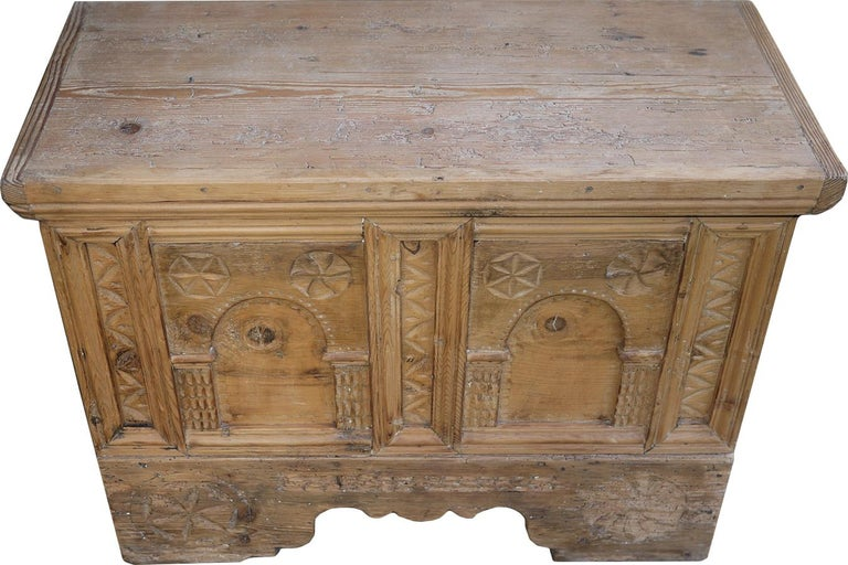 Italian 1900 Carved Wood Blanket Chest For Sale