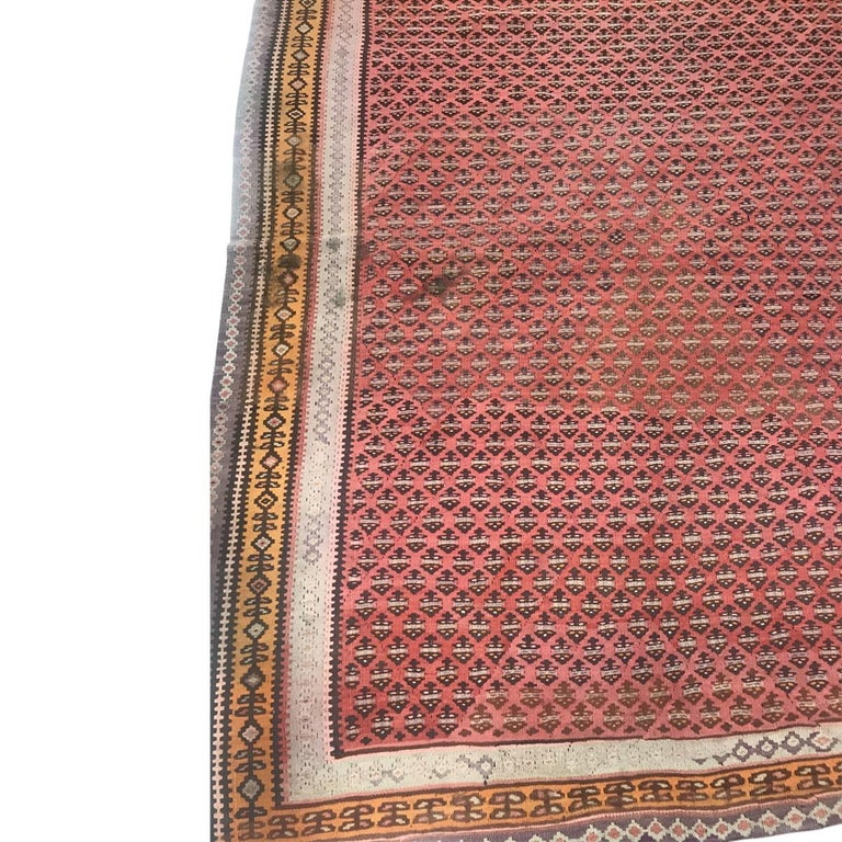 1900 Persian Malayer Wool Rug In Distressed Condition For Sale In GREAT NECK, NY