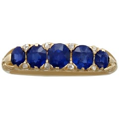 1900s 1.08 Carat Sapphire and Diamond Yellow Gold Cocktail Ring
