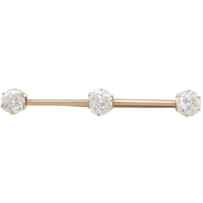 1900s Antique 2.14 Carat Diamond and Yellow Gold Bar Brooch