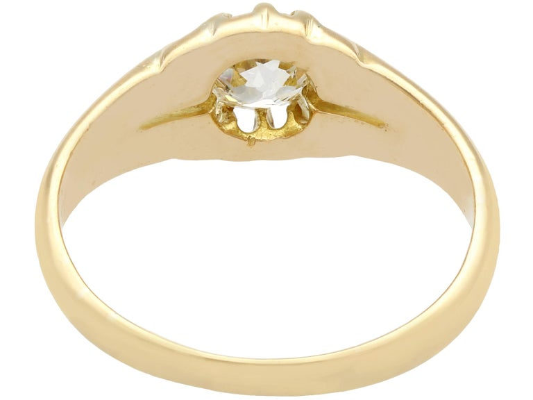 Antique 1900s Diamond and Yellow Gold Ring In Excellent Condition For Sale In Jesmond, Newcastle Upon Tyne