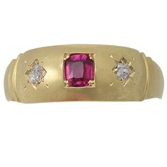 1900s Antique Ruby Diamond Yellow Gold Cocktail Ring