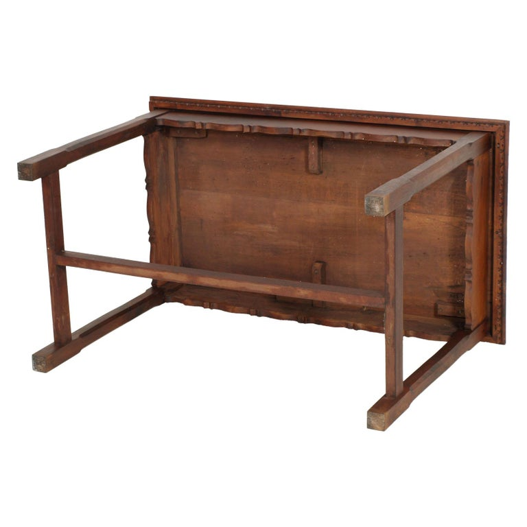 Austrian 1900s Wiener Occasional table or writting desk in Walnut Restored wax Polished For Sale