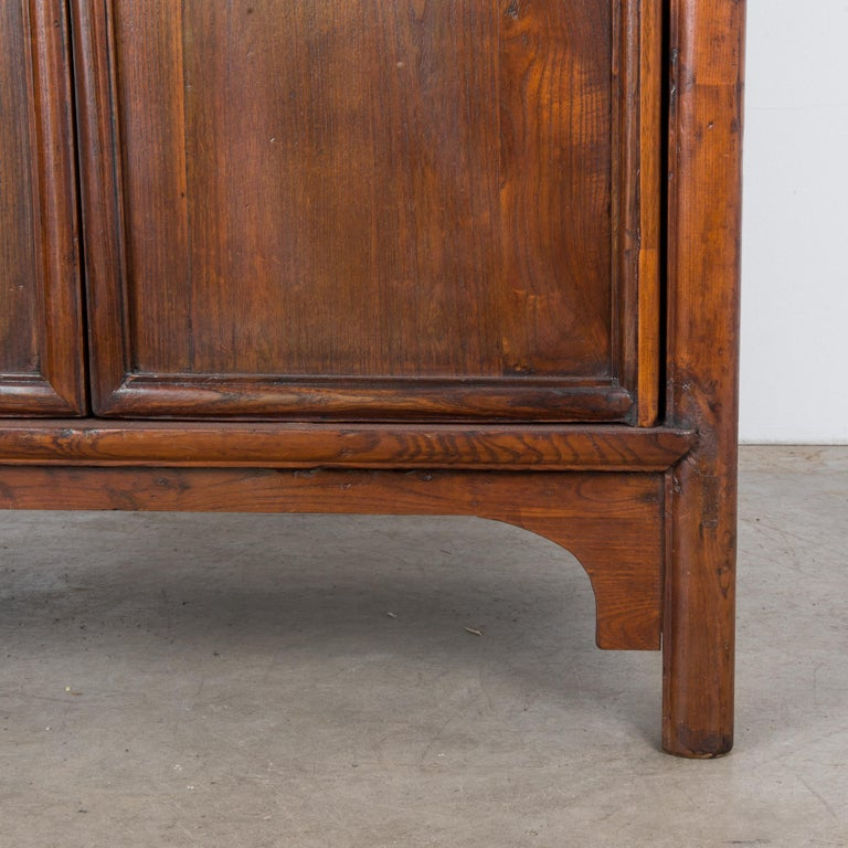 1900s Chinese Wooden Armoire For Sale 7