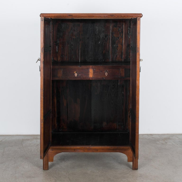 1900s Chinese Wooden Armoire In Good Condition For Sale In High Point, NC
