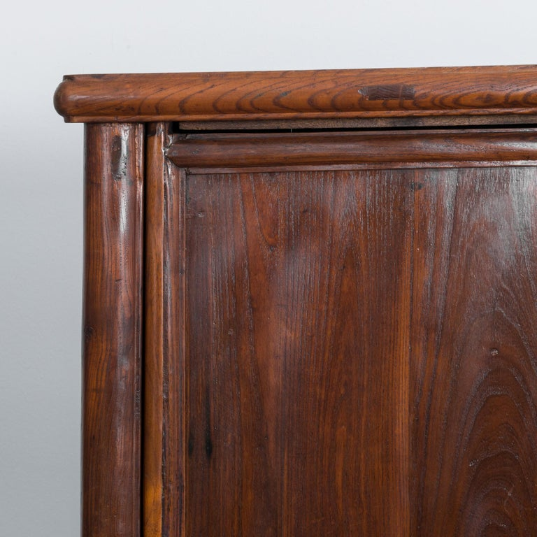 1900s Chinese Wooden Armoire For Sale 3