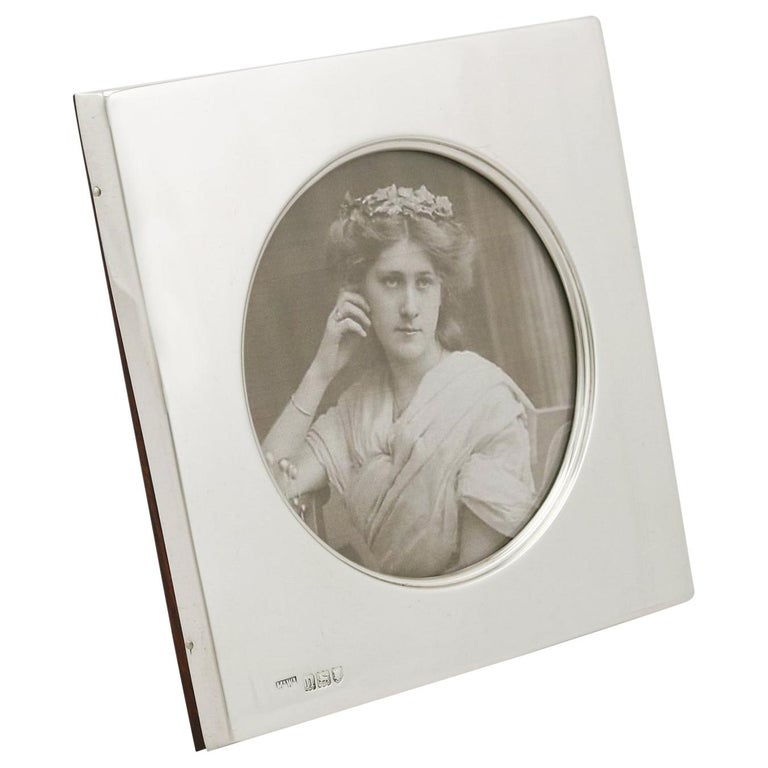 1900s Edwardian Sterling Silver Photograph Frame For Sale