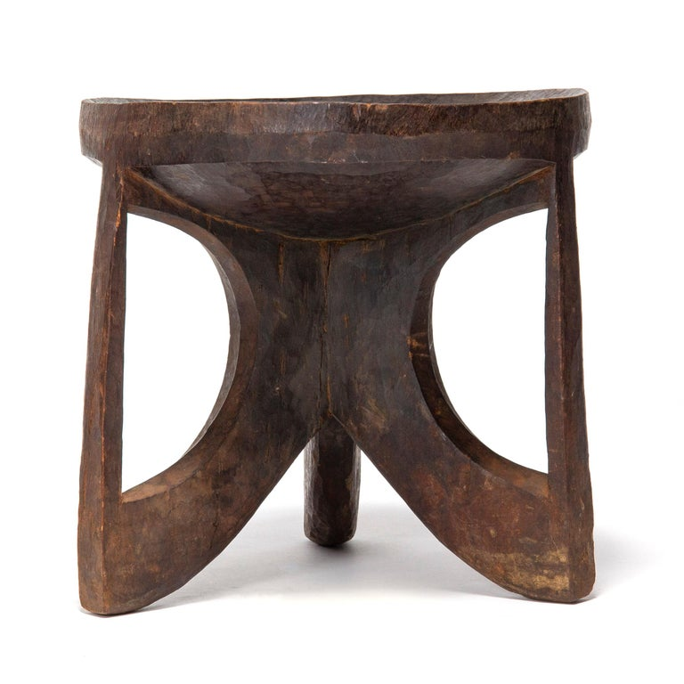 1900s Ethiopian Carved Tribal Stool In Good Condition In Sagaponack, NY
