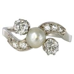 1900s French Natural Pearl Diamonds 18 Karat Gold Ring
