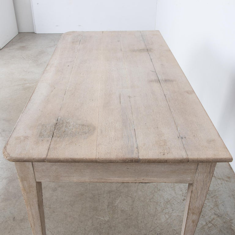 1900s French Two-Drawer Oak Table For Sale 2