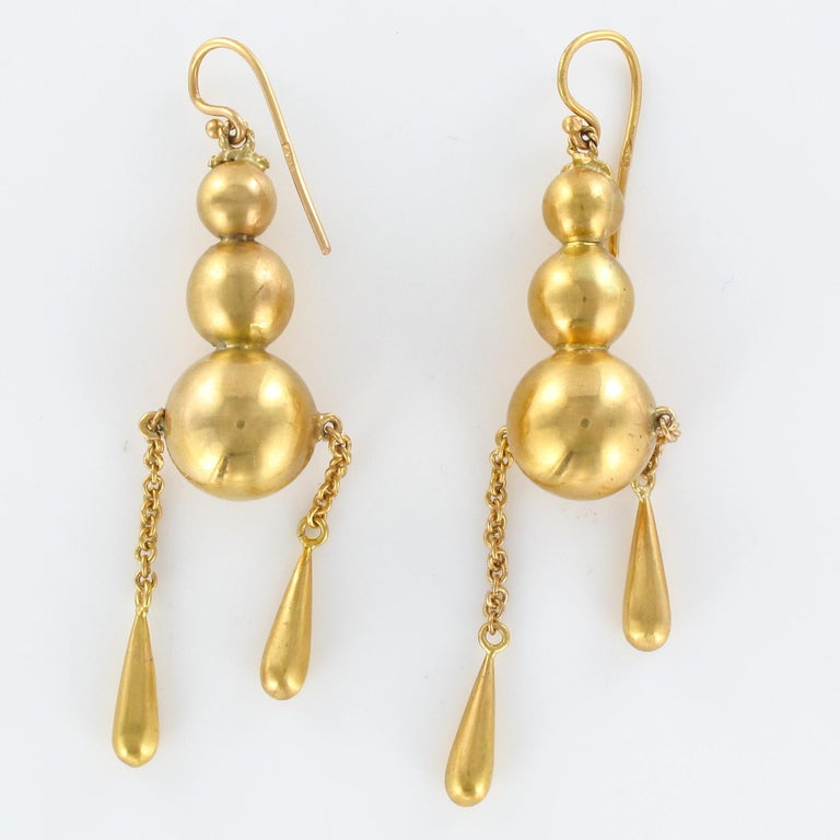 1900s Italian Pearls Drops of Gold Dangle Earrings For Sale 4