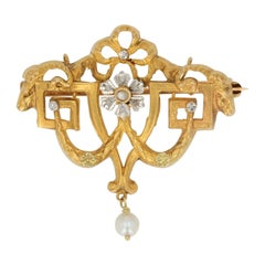 1900s Natural Pearl Diamonds 18 Karat Yellow Gold Brooch Pendant