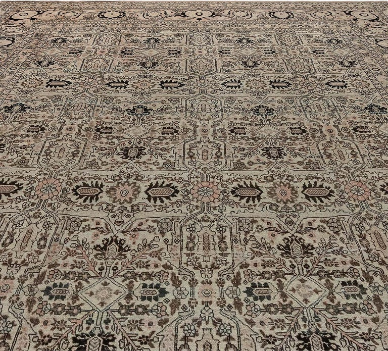 Hand-Knotted 1900s Persian Tabriz Handmade Wool Carpet For Sale