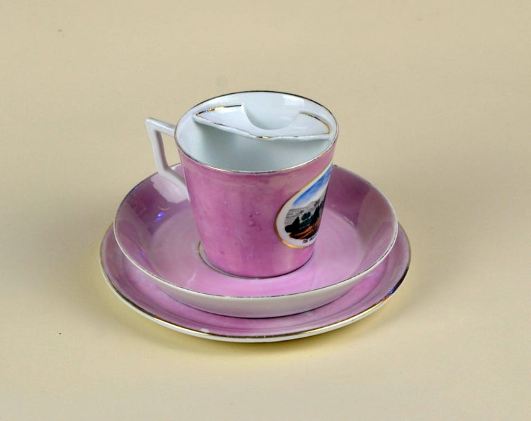 1900s Porcelain Souvenir Mustache Cup in Antique Pink Lustre Made in Germany In Good Condition For Sale In Milan, IT