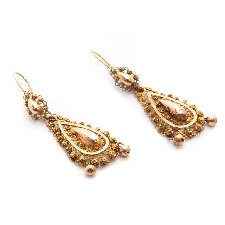 Victorian Filigree 14 Karat Yellow Gold Dangle Earrings For Sale 2