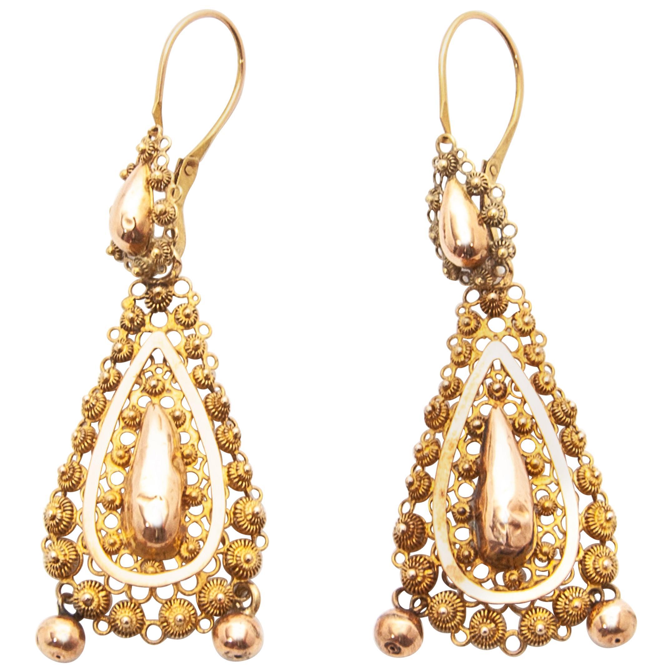 14 Karat Yellow Gold Pear-Shape Filigree Drop Earrings