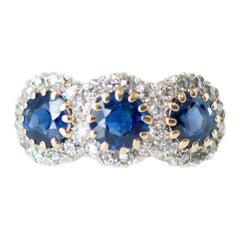 1900s Victorian Three-Stone Sapphire, Diamond 14 Karat Gold and Platinum Ring