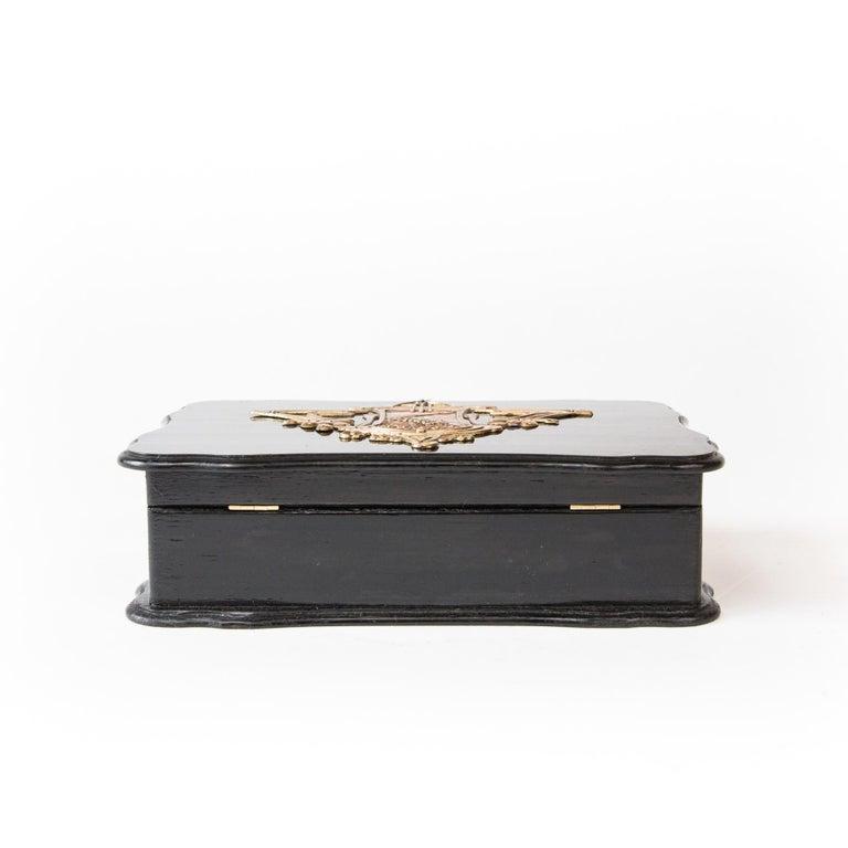 Appliqué 1900th Art Nouveau Jewelry Box with Application For Sale