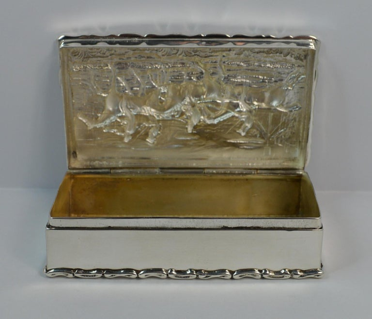 1902 Edwardian English Silver Snuff Box with Hunting Scene For Sale 6