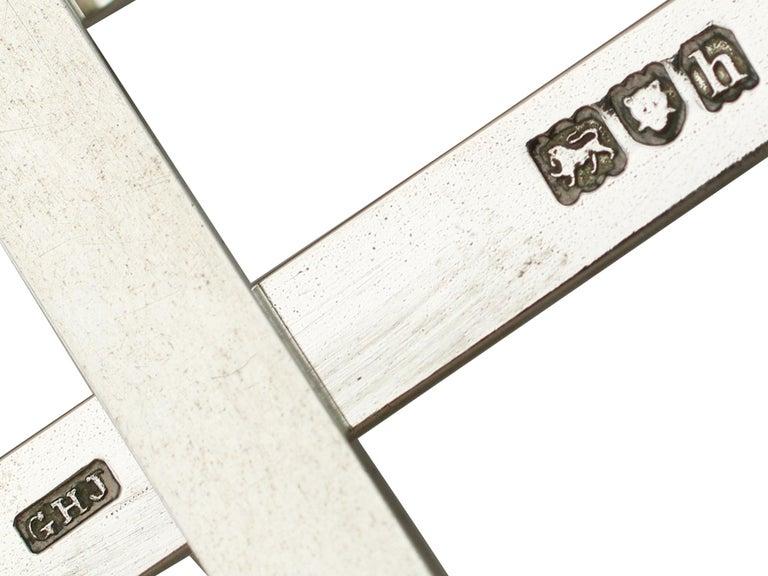 1903 Antique Edwardian Sterling Silver Photograph Frame For Sale 3