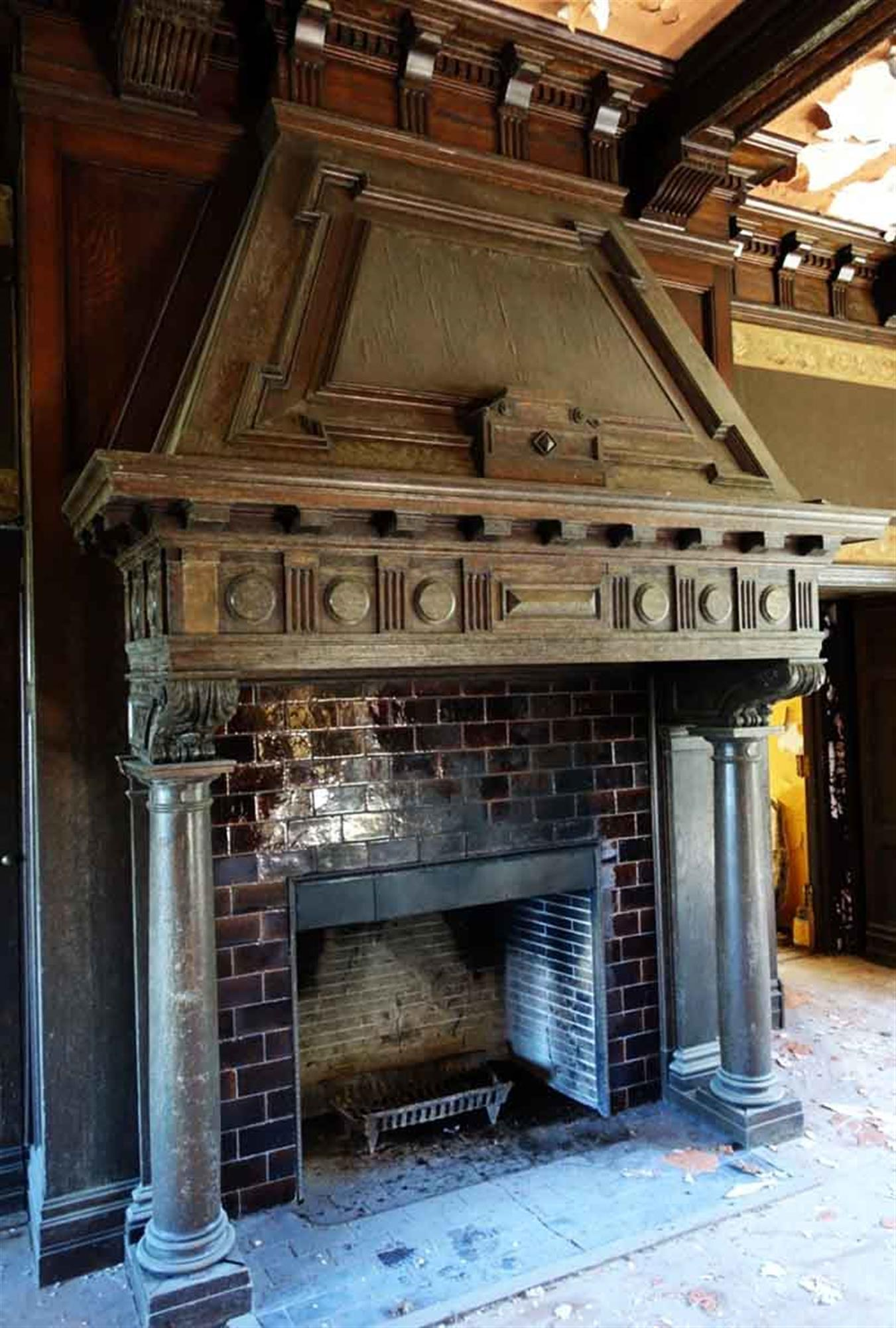Tudor Fireplaces And Mantels 7 For Sale At 1stdibs