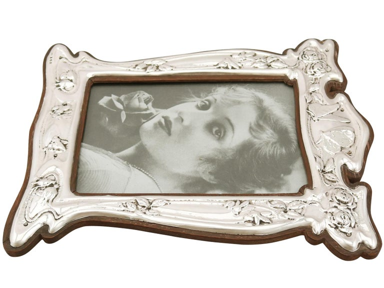 Early 20th Century 1907 Antique Edwardian Sterling Silver Photograph Frame For Sale