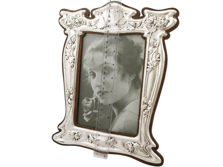 1907 Antique Edwardian Sterling Silver Photograph Frame For Sale 2