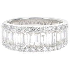 1.91 Carat Baguette and Round Diamonds Bridal Ring 18 Karat Gold GVS Diamond
