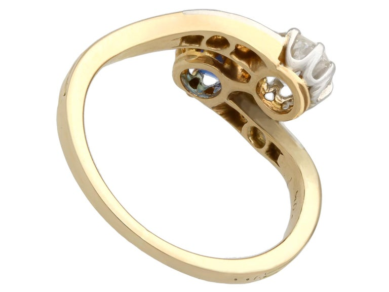 1910 Antique Sapphire and Diamond Yellow Gold Twist Ring In Excellent Condition For Sale In Jesmond, Newcastle Upon Tyne