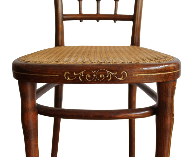 1910 Art Nouveau Pair of Dining Chairs by Thonet Austria For Sale 2