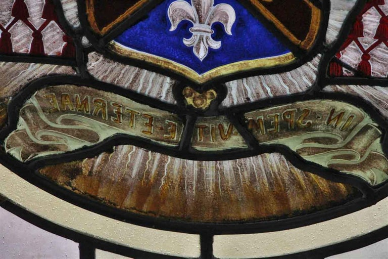 Arts and Crafts 1910 Arts & Crafts Stained Leaded Glass Window with Fleur de Lis and Star Motif For Sale