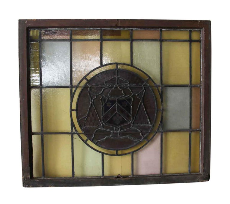 1910 Arts & Crafts Stained Leaded Glass Window with Fleur de Lis and Star Motif In Good Condition For Sale In New York, NY
