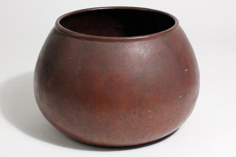 20th Century 1910 Dirk Van Erp & D'arcy Gaw Hand-Hammered Copper Warty Jardiniere Vase Pot For Sale