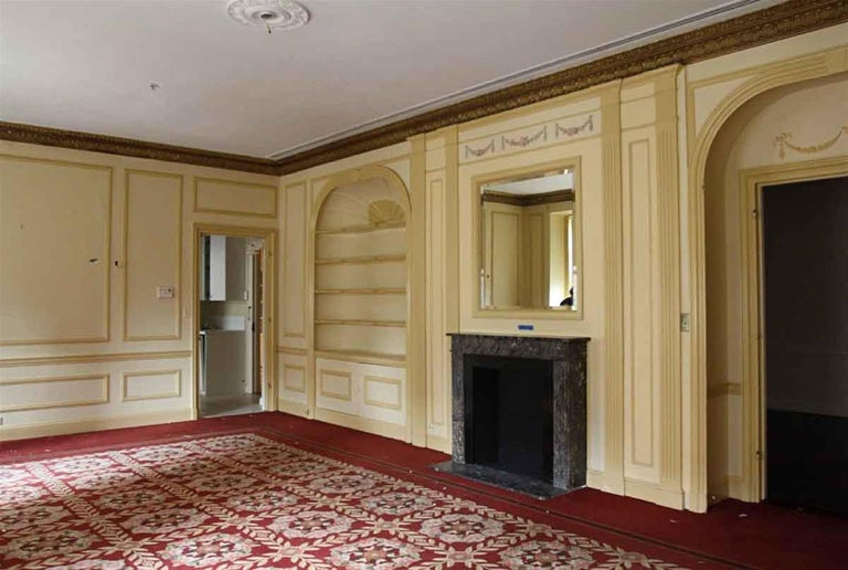 1910 NYC Waldorf Astoria Hotel French Regency Louis XVI Marble Mantel For Sale 8