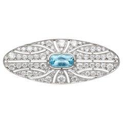 1910s Antique 2.79 Carat Aquamarine 4.96 Carat Diamond White Gold Brooch
