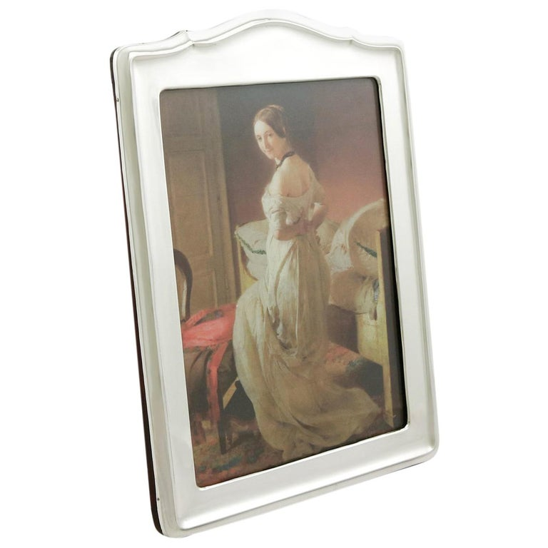 1910s Antique George V Sterling Silver Photograph Frame For Sale