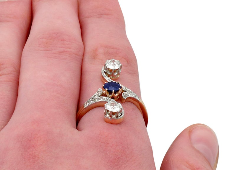 1910s Antique Sapphire and 1.21 Carat Diamond Yellow Gold Twist Ring For Sale 3
