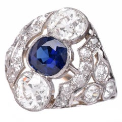 1910s Antique Sapphire and Diamond Filigree Platinum Ring