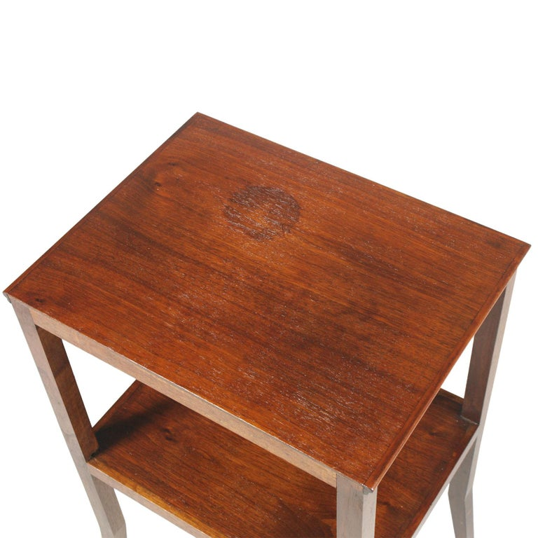 Italian 1910s Art Nouveau side table coffee table in walnut restored and wax-polished Measures cm: H 61, W 40, D 31 (H shelves 26cm).