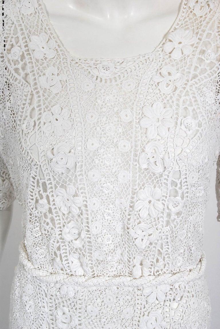 1910's Edwardian Antique Couture White Irish-Crochet Lace Handmade Tea Gown For Sale 2
