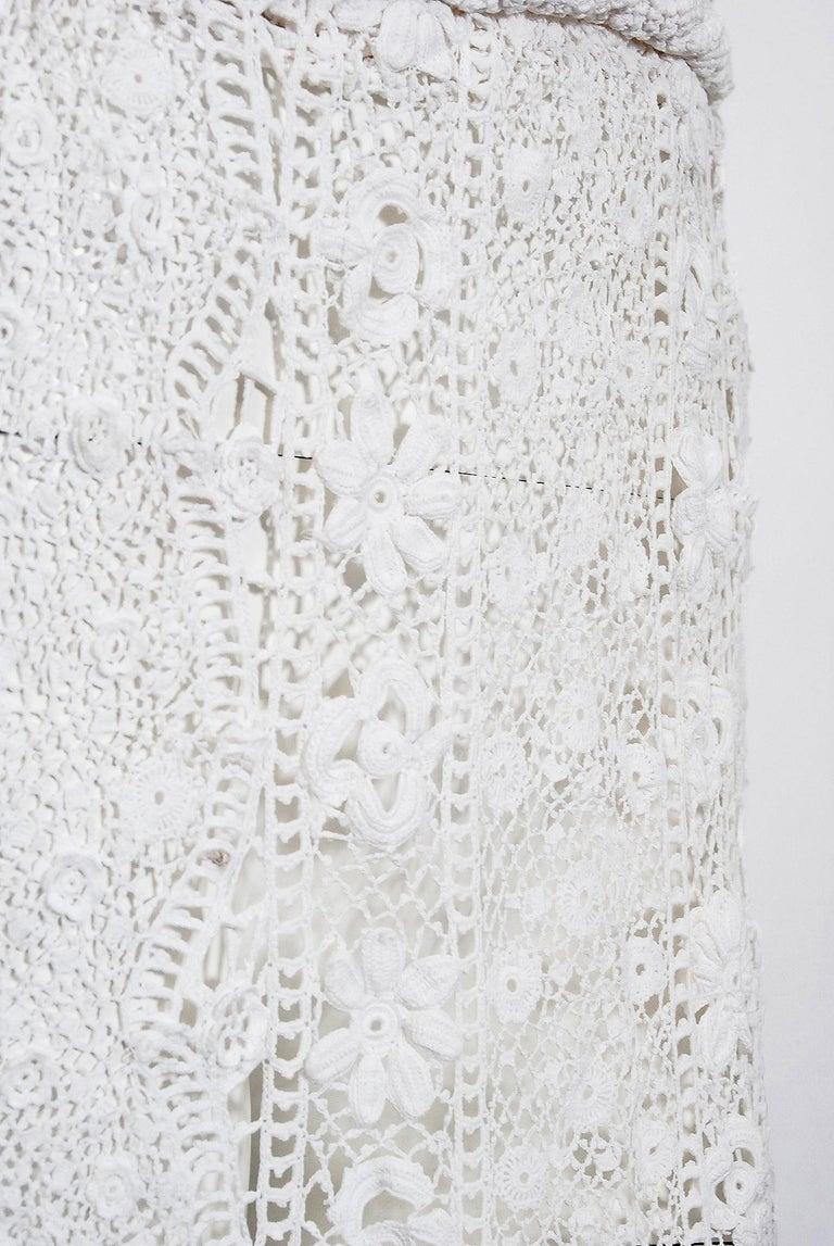 1910's Edwardian Antique Couture White Irish-Crochet Lace Handmade Tea Gown For Sale 3