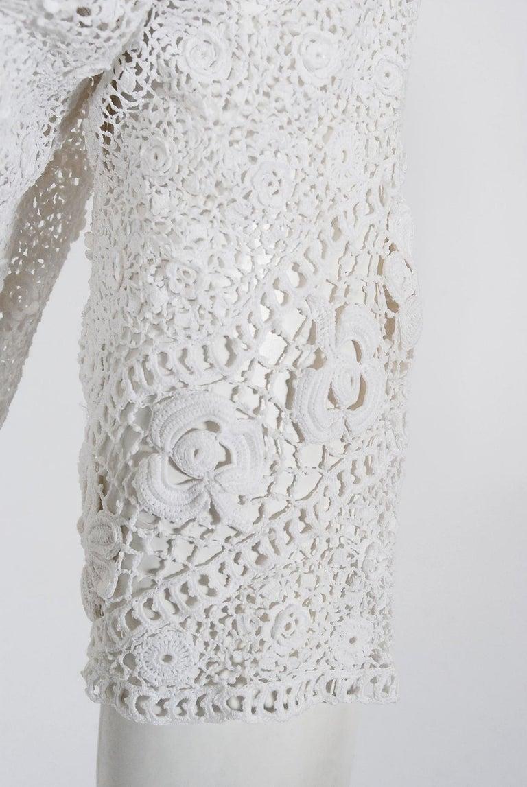 1910's Edwardian Antique Couture White Irish-Crochet Lace Handmade Tea Gown For Sale 4